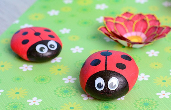 55 Ladybug Painted Rocks Ideas | How to Make It