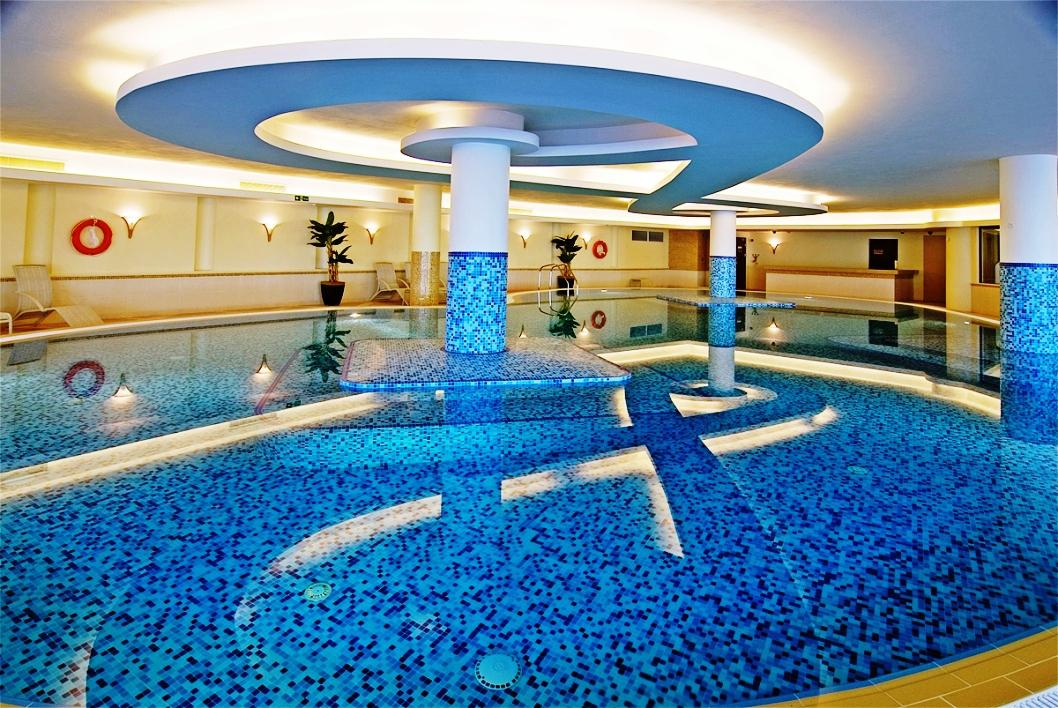 50 beautiful indoor swimming pool design ideas for your home - The coolest swimming pool in the world ...