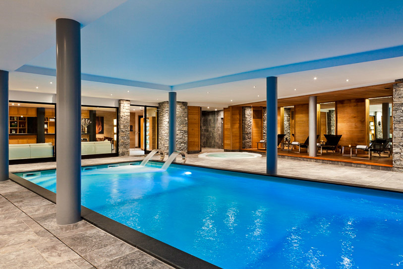 50 beautiful indoor swimming pool design ideas for your home for Pool design indoor