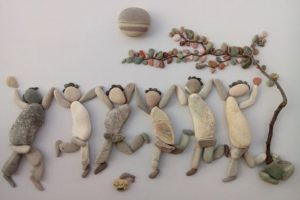 55+ Beautiful Pebble Art Ideas