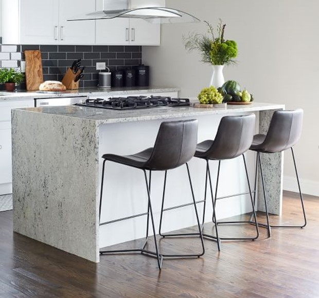 Ideas to Decorate The White Cabinets for Your Kitchen