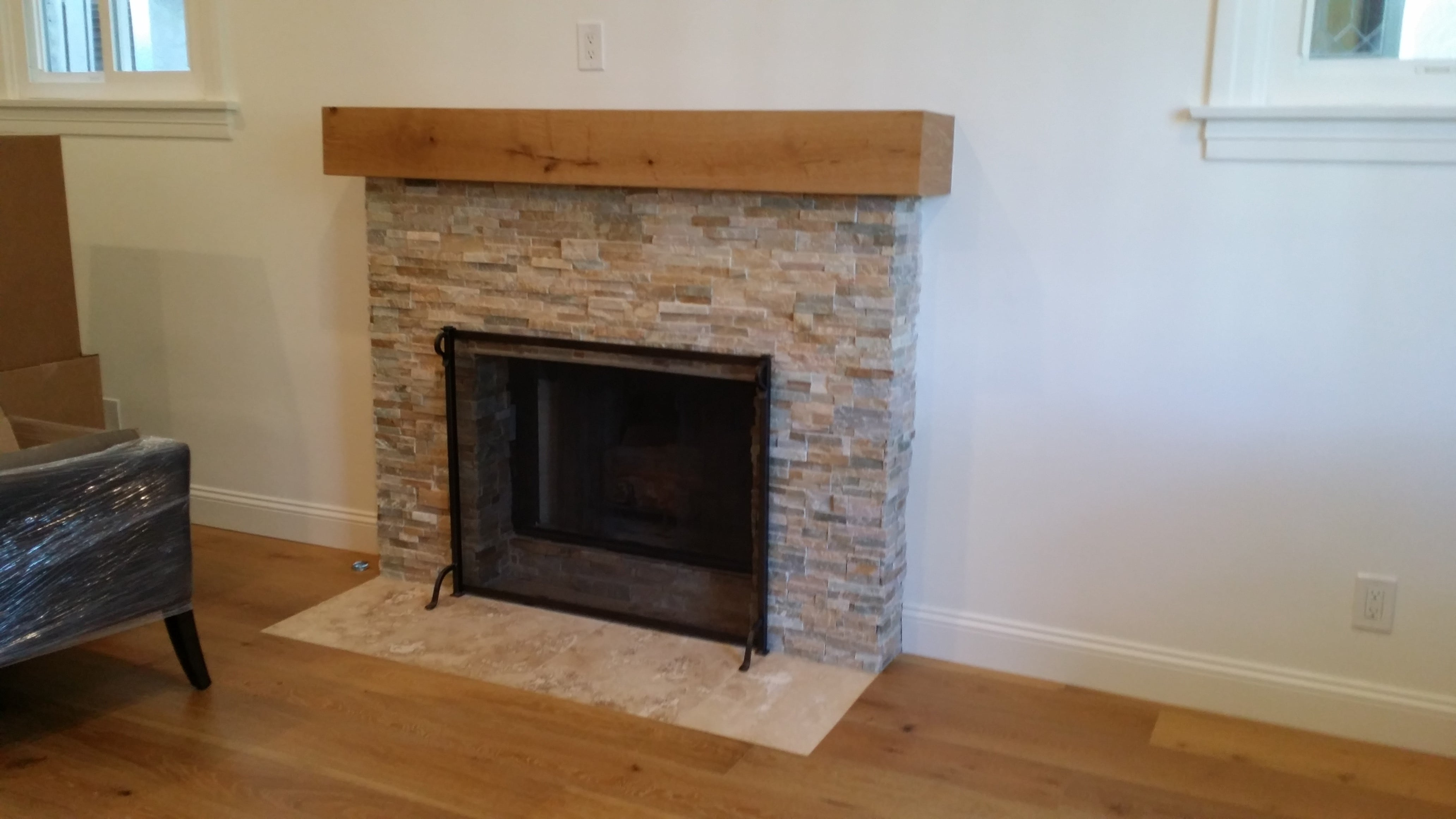 20 awesome fireplace tile ideas - Stacked stone fireplace pictures ...