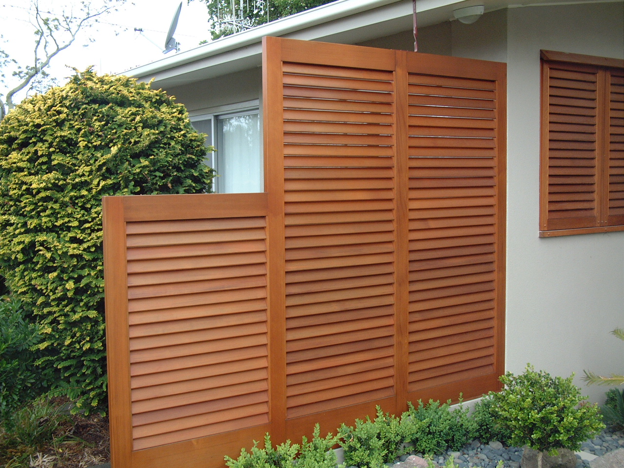 15+ Unique Ideas of Outdoor Privacy Screen Images