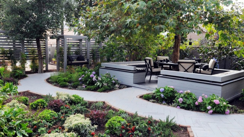 20 Amazing Backyard Landscaping Ideas