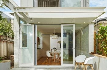 Design a Minimalist House by Paying Attention to Its Philosophical Value