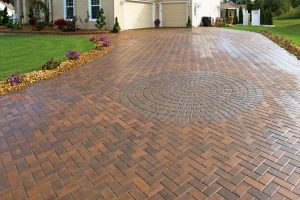 10 Cheap and Beautiful Driveway Houses (Design and Ideas)